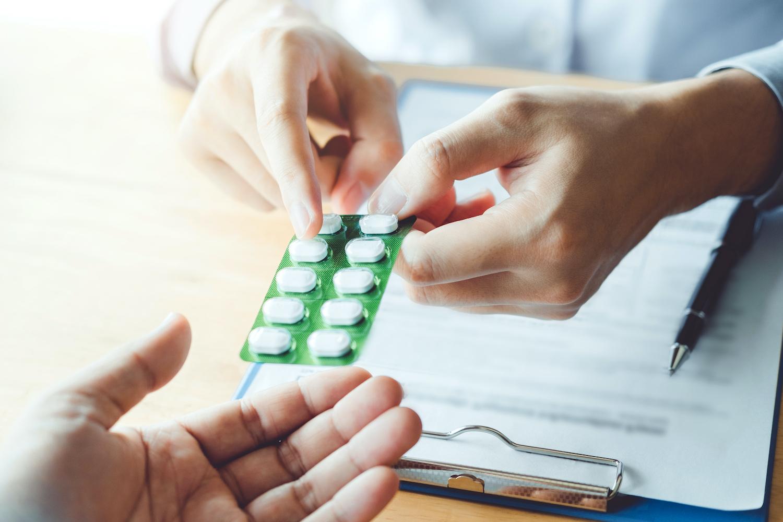 薬 コレステロール 下げる